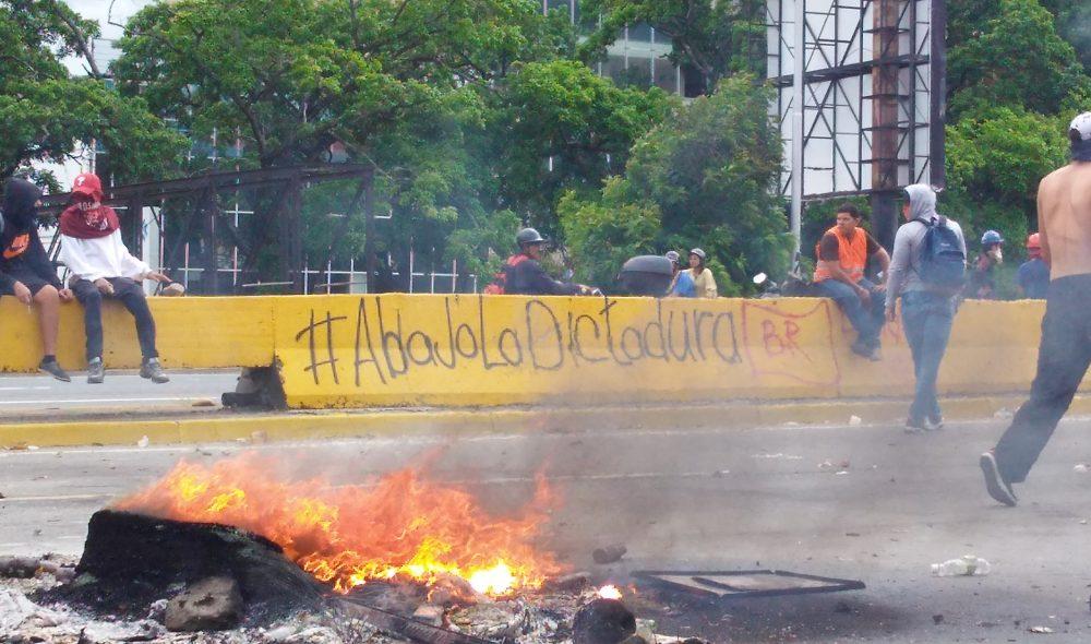 Los atajos de la dictadura